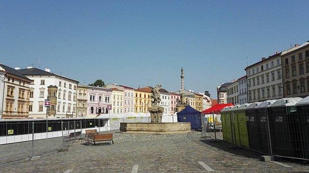 Olomouc se připravuje na sedmý ročník Mattoni 1/2Maratonu, hlavní závod odstartuje v19 hodin na Horním náměstí vOlomouci.
