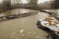Poškozený jez na Mlýnském potoku u olomoucké sokolovny