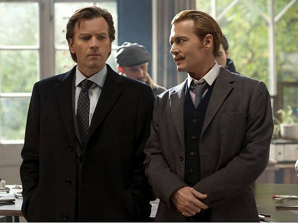 Ewan McGregor a Johnny Depp ve filmu Mordecai: Grandiózní případ