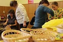 Kurz pletení z pedigu v kulturním domě v Pasece