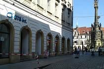 V Riegrově ulici padala omítka.