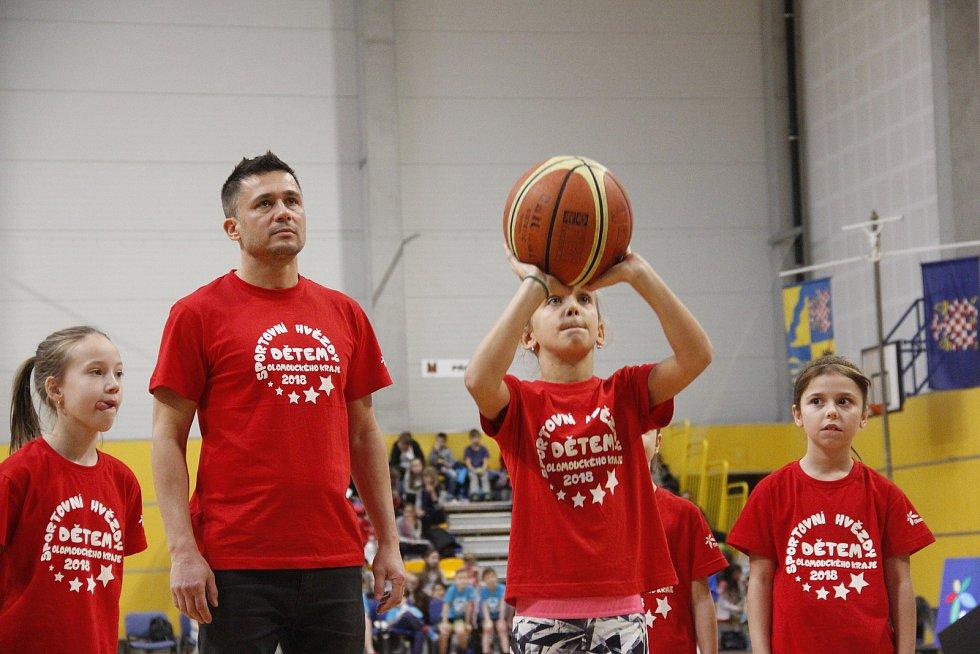"""Miroslav Baranek a tým """"Olomouc""""."""