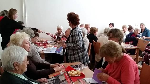 Nově otevřený Klub seniorů na Terrerově náměstí v Olomouci