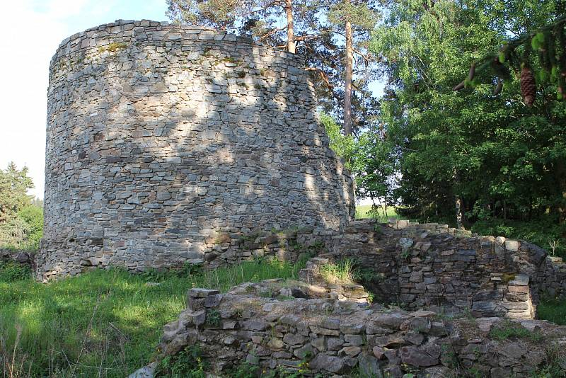 zřícena hradu Náměšť na Hané