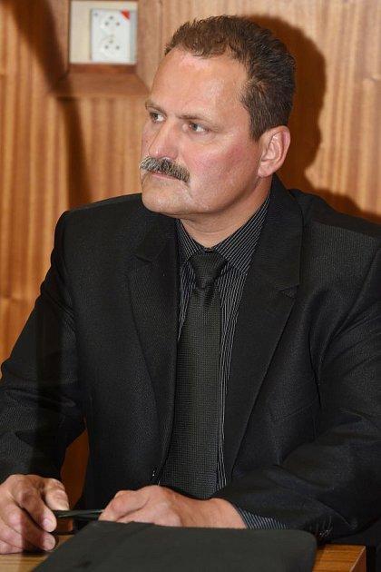 Bývalý šéf šternberksých strážníků Pavel Pospíšil uokresního soudu vOlomouci