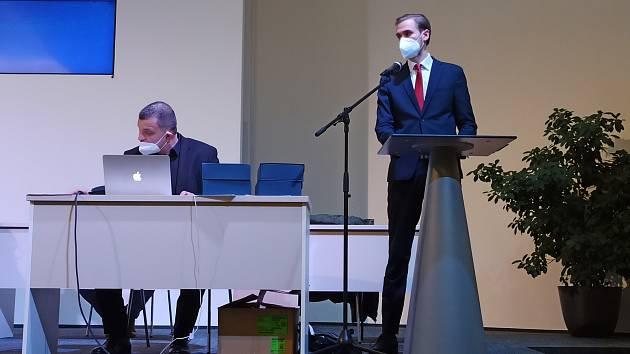 Novým předsedou OFS Olomouc se stal Jakub Beneš (vpravo), ve volbách porazil Josefa Ondrouška (vlevo)