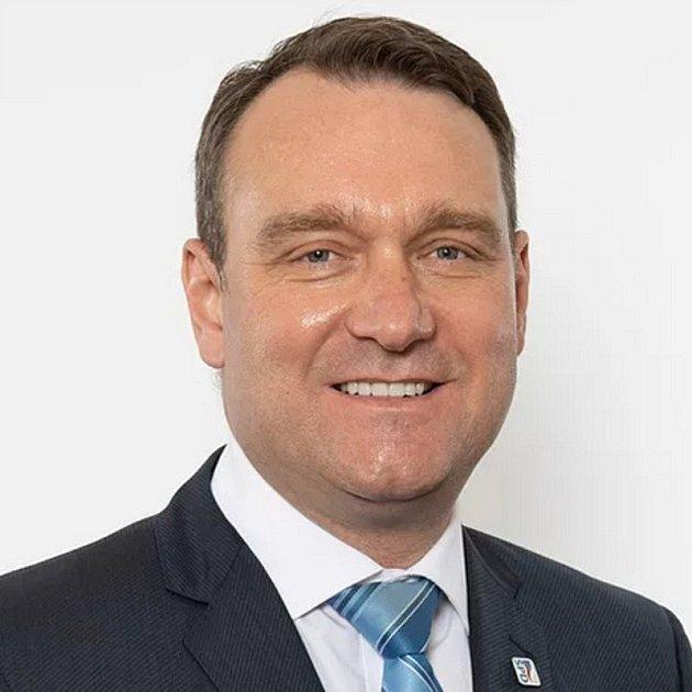 Radim Fiala, 52let, poslanec, místopředseda hnutí, Prostějov, člen SPD