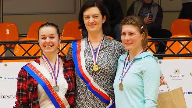 Pavlín Žižková (uprostřed) jako jediná pokořila sedmiminutovou hranici.  Foto: VK Olomouc