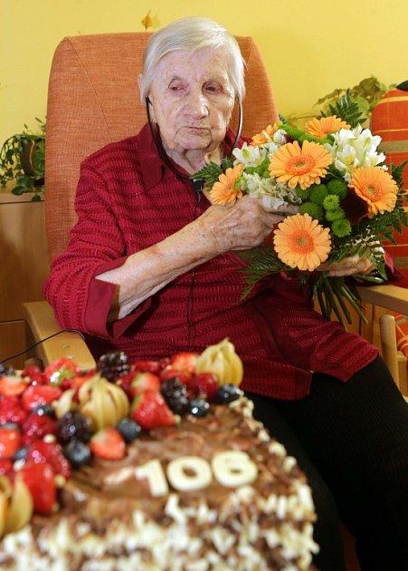 Nejstarší Olomoučanka Marta Musilová oslavila 106sté narozeniny.