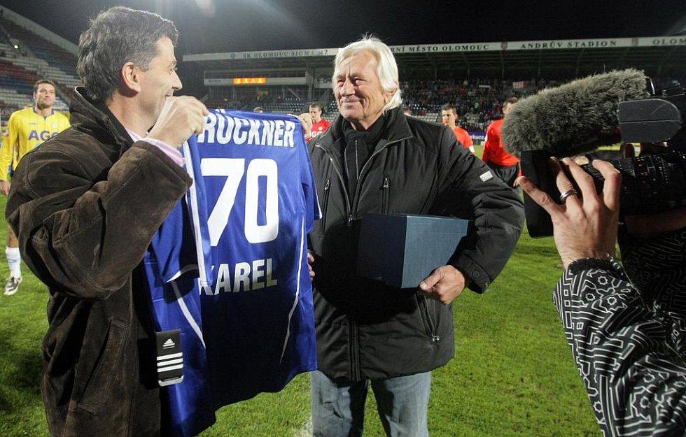 Dres pro Karla Brücknera