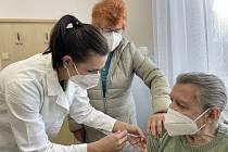 Očkování proti koronaviru. Ilustrační snímek