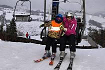 Lyžování ve ski areálu Branná
