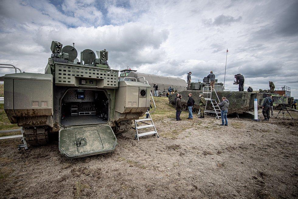 Obrněnec ASCOD 42 na mediálním dnu při testování bojových vozidel pěchoty (BVP) z tendru pro českou armádu ve vojenském prostoru Libavá, 27. května 2021.