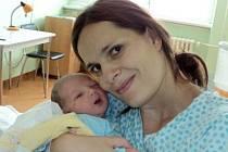 Samuel Slavík, Šternberk, narozen 18. června ve Šternberku, míra 50 cm, váha 3400 g.