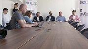 Tisková konference hnutí spOLečně - iniciátor projektu Robert Runták zcela vpravo