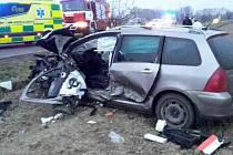 Dopravní nehoda dvou aut u Grygova