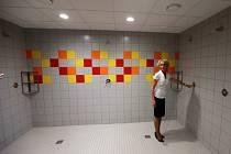 Nové sprchy na plaveckém stadionu v Olomouci