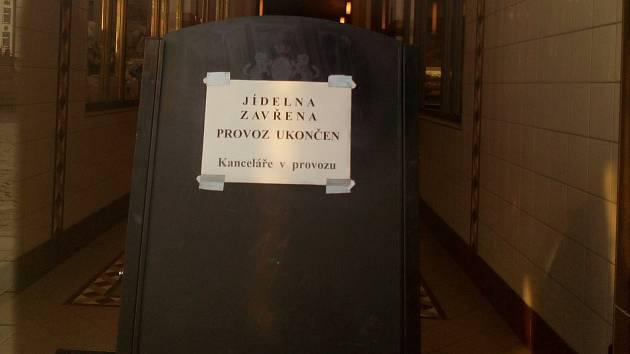 Po bezmála půl století zavřel Pavel Martinásek bufet Centrum na olomouckém Horním náměstí.