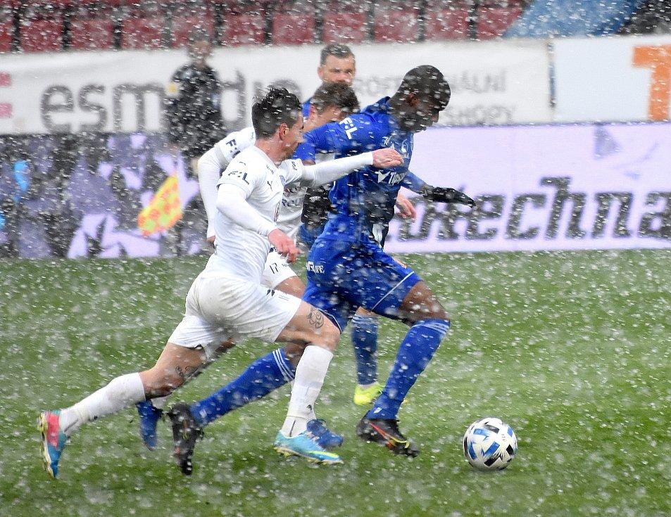 Olomouc remizovala doma se Slováckem v dohrávce 23. kola 0:0.Florent Poulolo