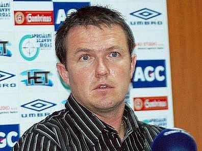 Trenér Jiří Plíšek.