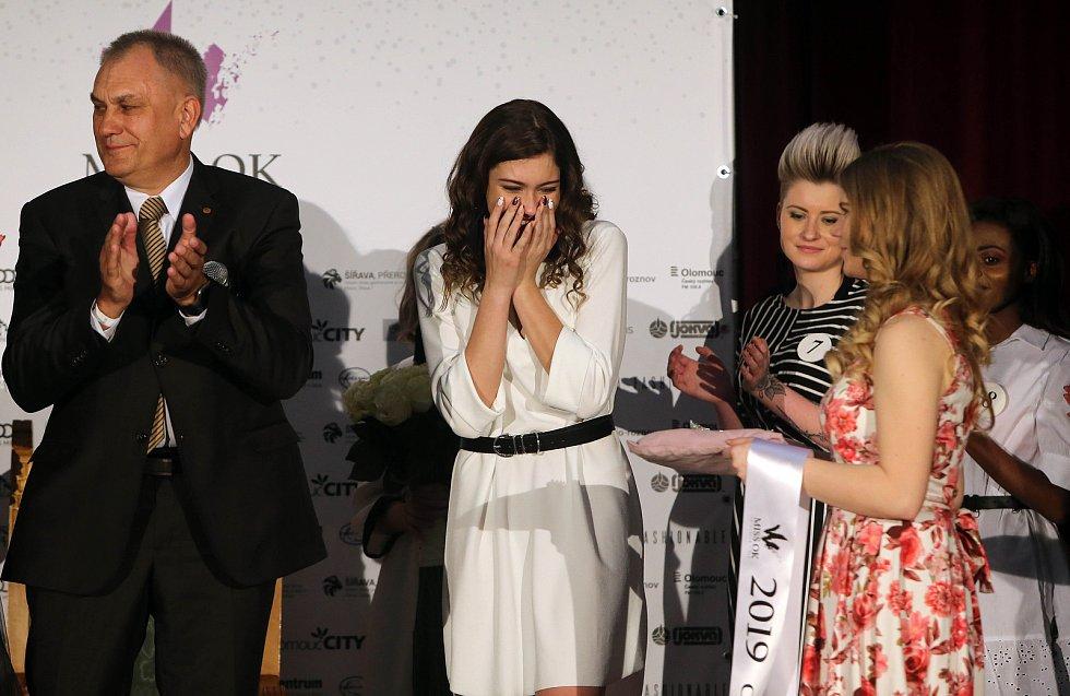 Miss OK 2019 pro Olomoucký kraj Jitka Hoczová. Semifinále 6.ročníku soutěže Miss OK ve Velké Bystřici.