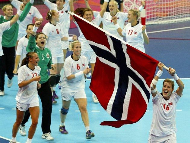 Norské házenkářky oslavují zlato na olympiádě v Londýně 2012