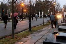 Dušičky 2019 na olomouckém hřbitově v Neředíně