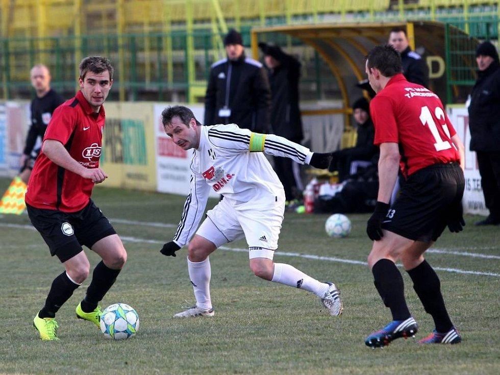 David Kobylík (v bílém)