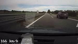Pronásledování řidiče na kokainu na dálnici D46