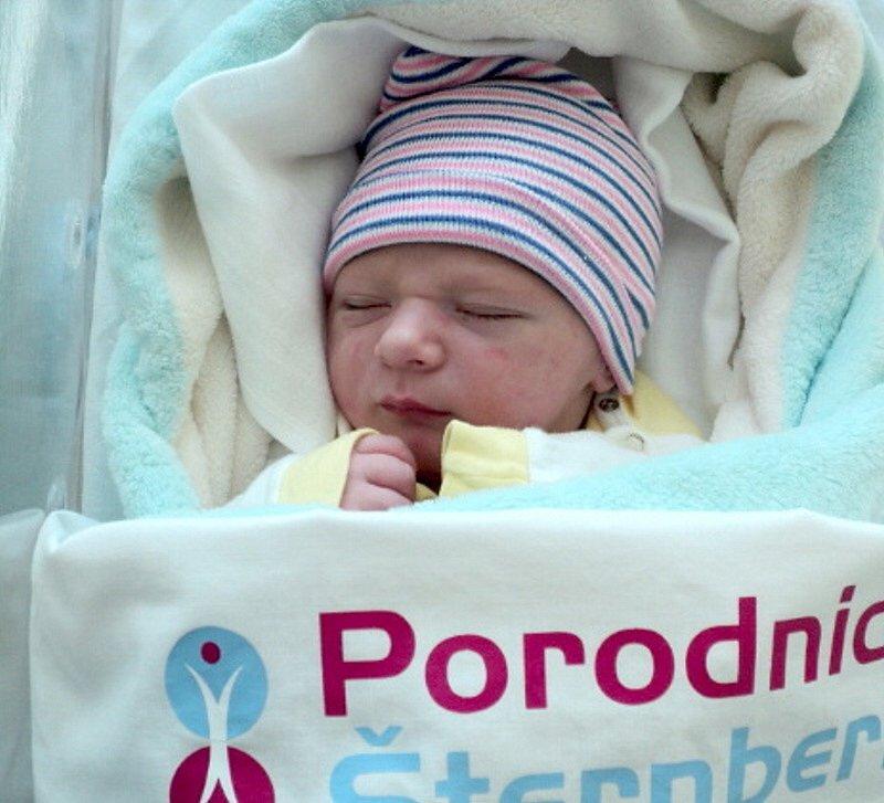 Muhammad Kalita, Moravský Beroun narozen 4. prosince míra 50 cm, váha 3570 g