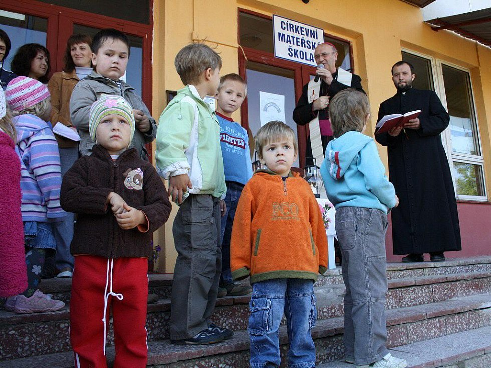Slavnostní otevření církevní školky v Litovli