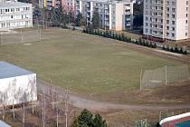 Fotbalové hřiště ZŠ Heyrovského