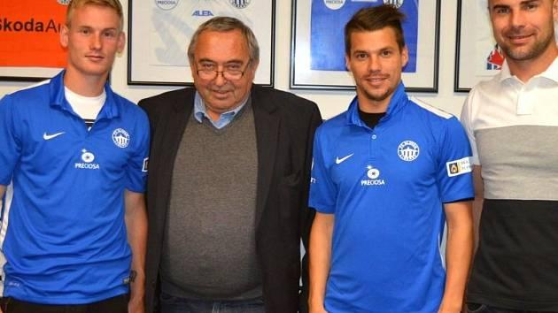 Petr Ševčík (vlevo) a Jan Navrátil v libereckém dresu