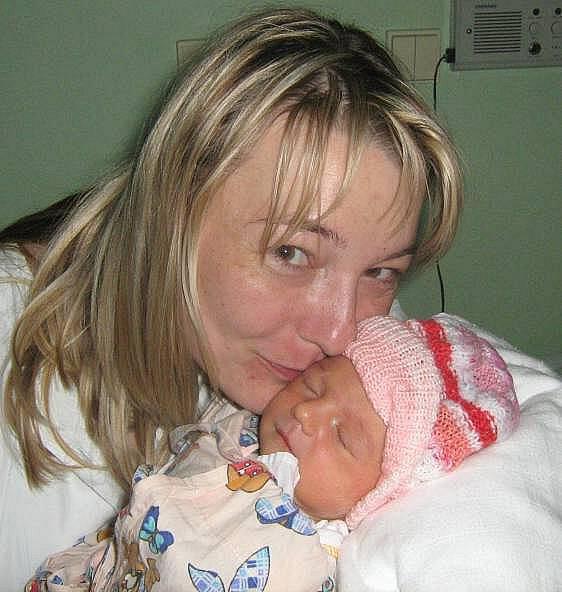 Tereza Zapletalová, Olomouc, narozena 1. května v Olomouci, míra 50 cm, váha 3090 g