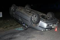 Dopravní nehoda fordu a škodovky u Lutína - 30. 3. 2021