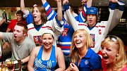 Fandění českým hokejistům. Ilustrační foto