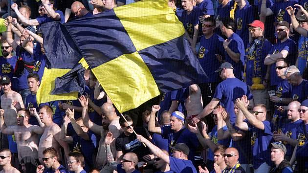 Fanoušci Zlína na Andrově stadionu v Olomouci