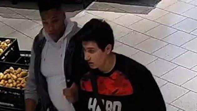 Hledané osoby z červencové krádeže ve Šternberku