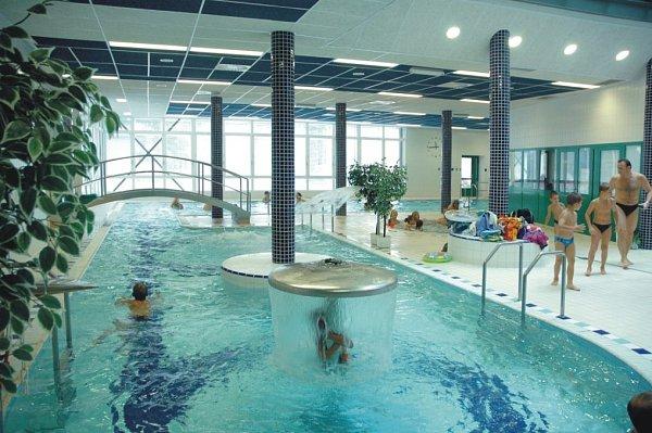 Kryté bazény Centra zdraví vBohuňovicích.