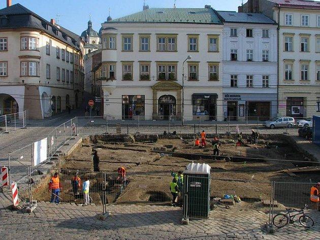 Archeologické vykopávky na Dolním náměstí