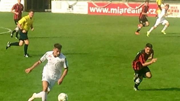 HFK Olomouc (v bílé) proti Prostějovu