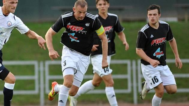 Fotbalisté HFK Olomouc (v tmavém). Ilustrační foto