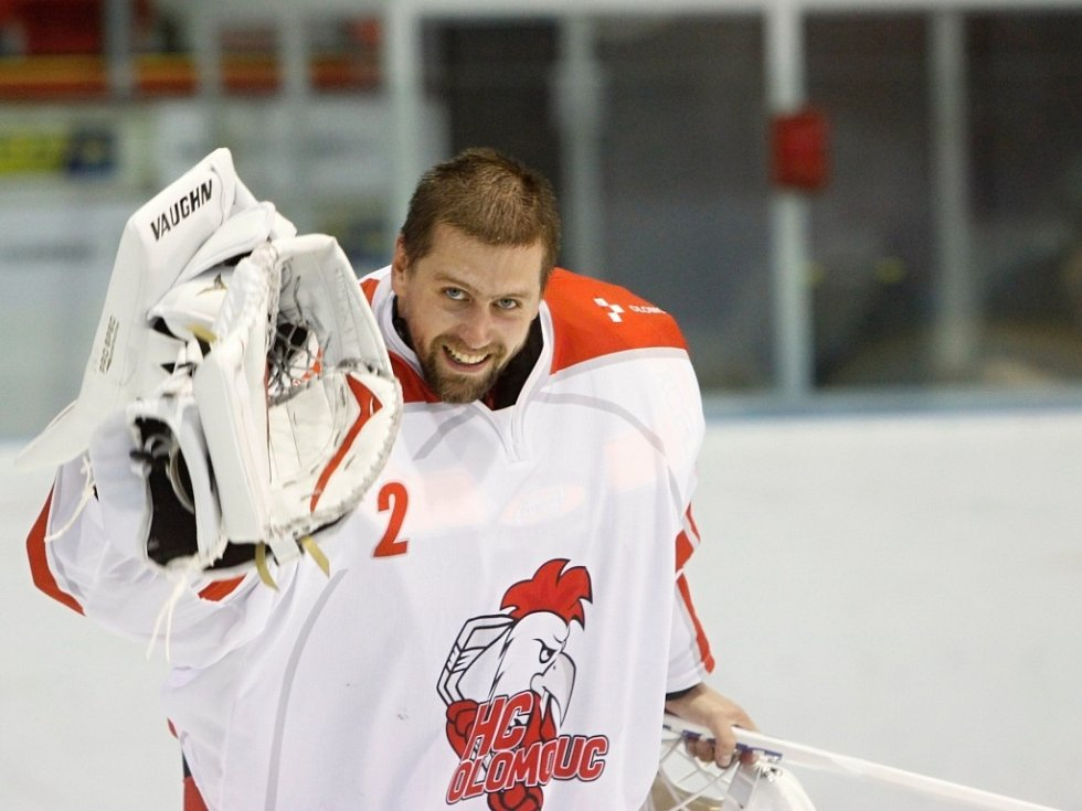 Branislav Konrád oslavuje