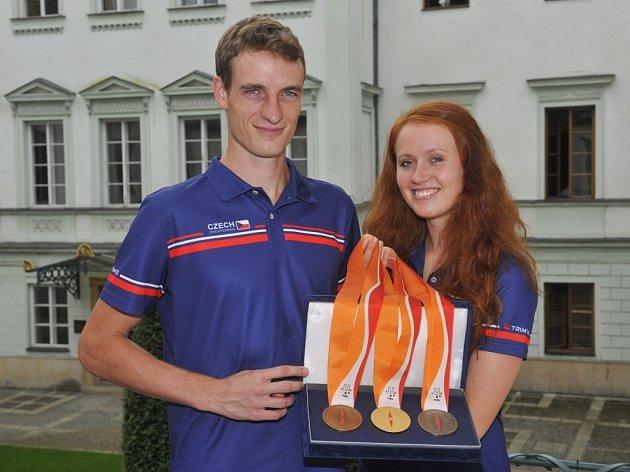 Vendula Horčičková a Vojtěch Král by rádi vybojovali medaile, které navrhla biatlonistka Gabriela Soukalová