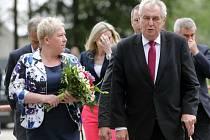 Prezident Zeman ve Městě Libavá se starostkou Štěpánkou Tichou