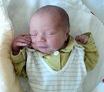 Vojtěch Langer, Nová Hradečná, narozen 3. října ve Šternberku, míra 49 cm, váha 3370 g