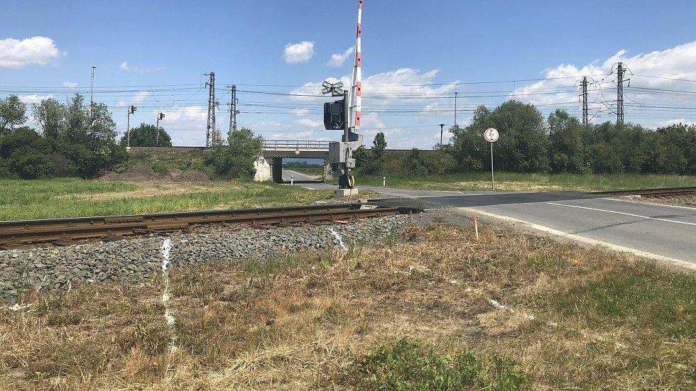 Cyklostezka podél silnice II/449 bude spojovat obce Litovel, Červenka a uničovskou místní část Střelice. Úsek v Července protne železniční koridor. 3.června 2020