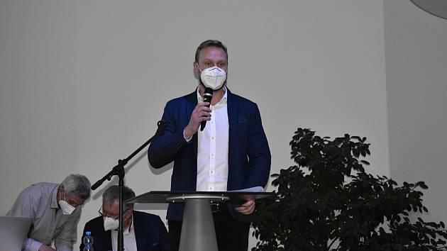 Volební valná hromada Olomouckého krajského fotbalového svazu v BEA centru. Generální sekretář FAČR Jan Pauly.  31.3. 2021