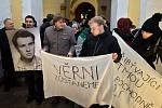 Průvod olomouckých vysokoškoláků ke 45. výročí upálení Jana Palacha