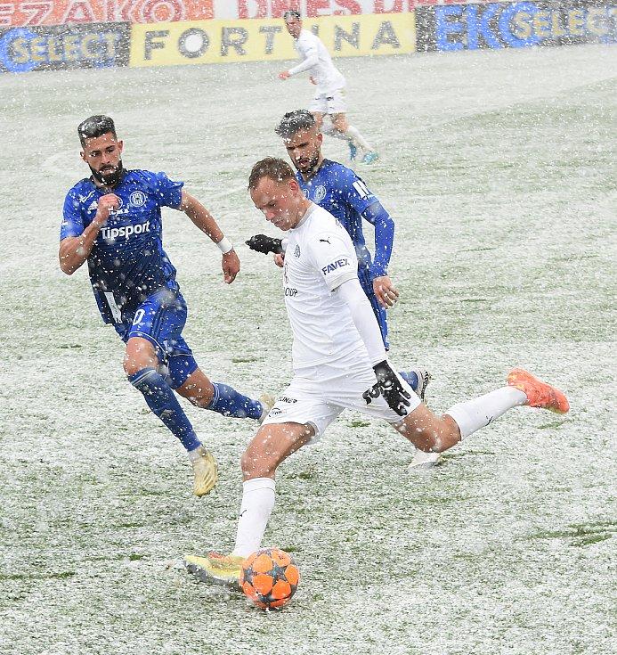 Olomouc remizovala doma se Slováckem v dohrávce 23. kola 0:0.Jakub Yunis, Martin Hála,
